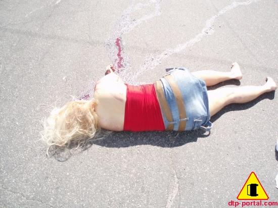 Фото трупа девушки, молодая девушка погибла в ДТП, фото жесть труп женщина