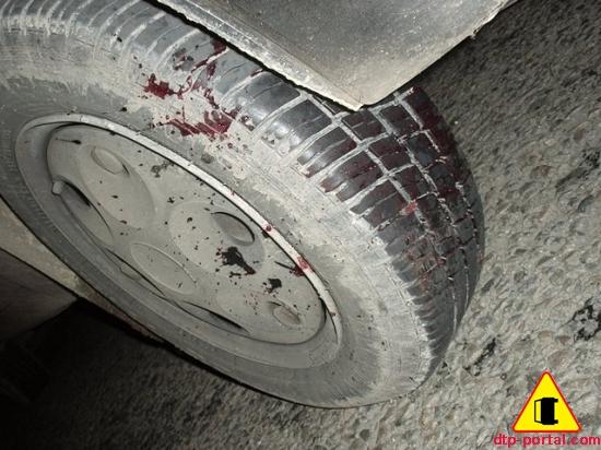 Фото колеса в крови