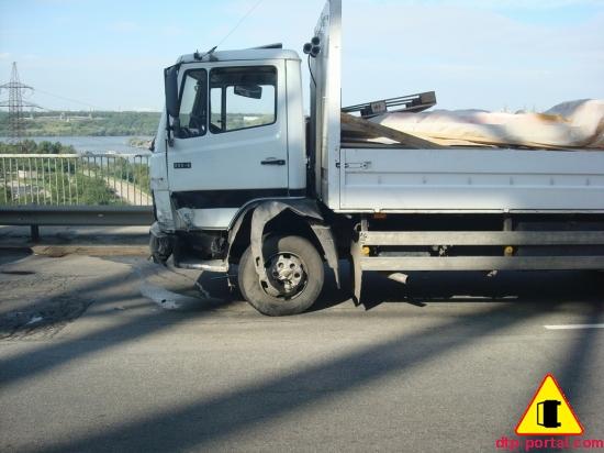 грузовик Мерседес_thumb.jpg