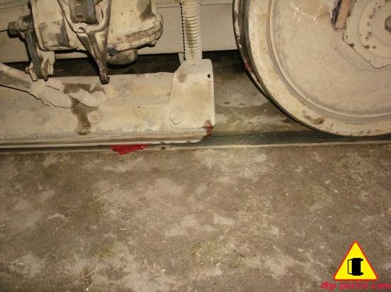 колеса трамвая в крови
