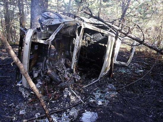 сгорел ситроен в лесу-2.jpg