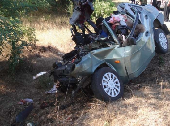 шестеро погибших в ВАЗ-21099.jpg