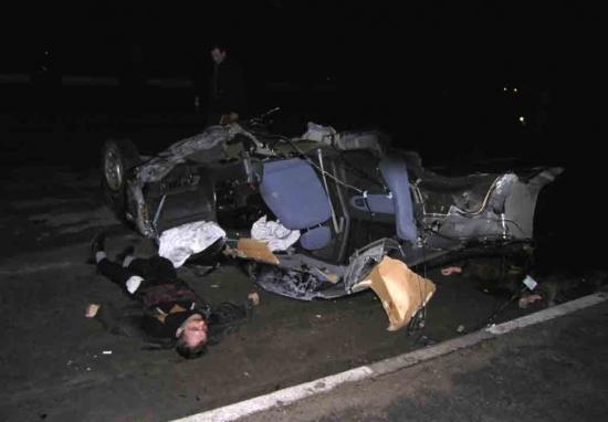фото труп водителя автомобиля - гражданина германии